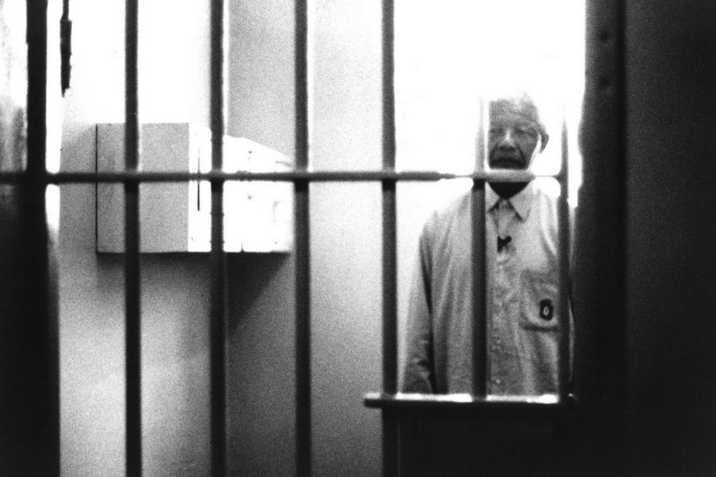 nelson-mandela-visiting-his-former-prison-cell-at-robben-island-11465391