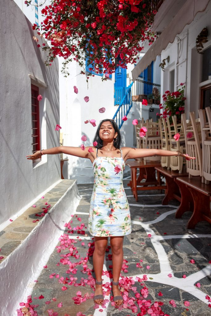 Rising junior EC Scholar Ananya Koripella enjoys some free time while in Greece for a medical fellowship.
